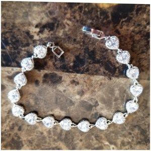 "Jewelry - White Topaz Hearts Bracelet 7.5"" long"